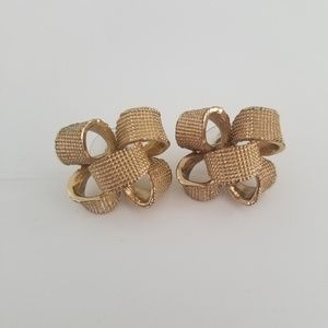 Lilly Pulitzer gold studs